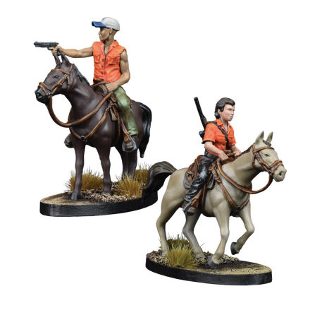 THE WALKING DEAD: Maggie and Glenn on Horseback
